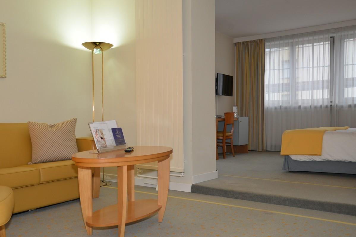 hotel-suite_0005